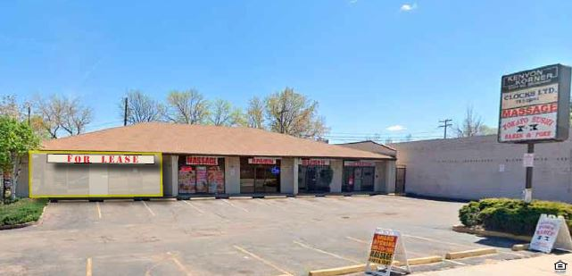 Retail off South Broadway for Lease